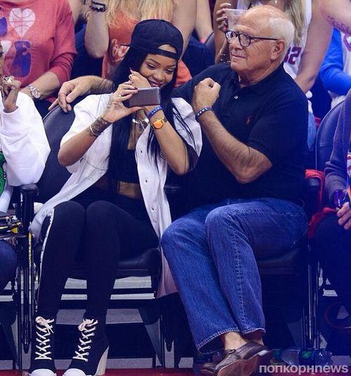 Рианна пожертвовала 25 тысяч долларов после неудачного selfie