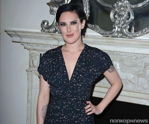 Румер Уиллис обвинила фотографа, который отфотошопил ее челюсть
