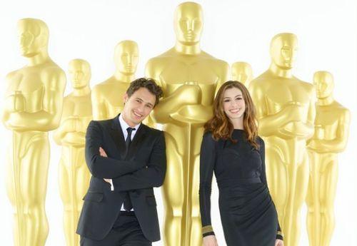 Джеймс Франко и Энн Хэтэуэй для промо-фото церемонии Оскар
