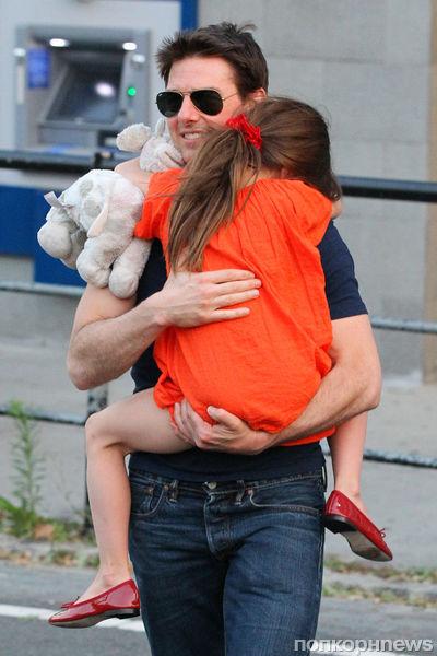 Том Круз проведет Рождество с дочкой
