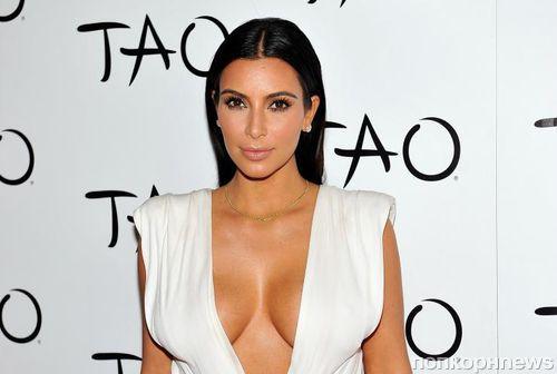 Беременная Ким Кардашьян показала подросший живот