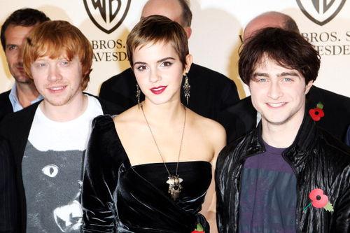 Эмма Уотсон, Дэниел Рэдклифф и Руперт Гринт на мероприятии Warner Bros