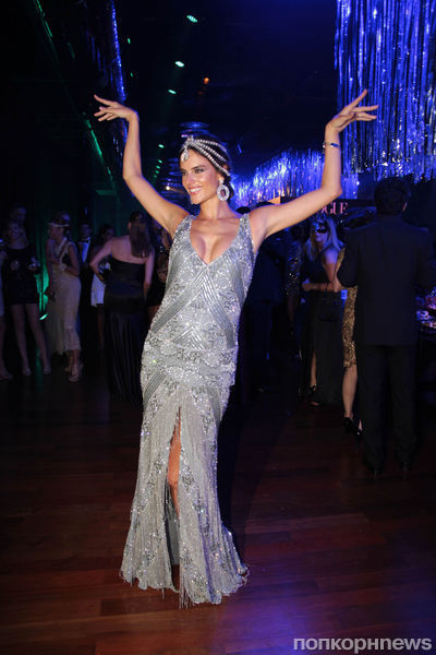 Алессандра Амбросио на вечеринке Vogue в Сан-Паулу