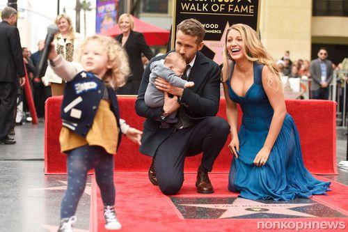 Фото: Райан Рейнольдс получил звезду на голливудской Аллее славы