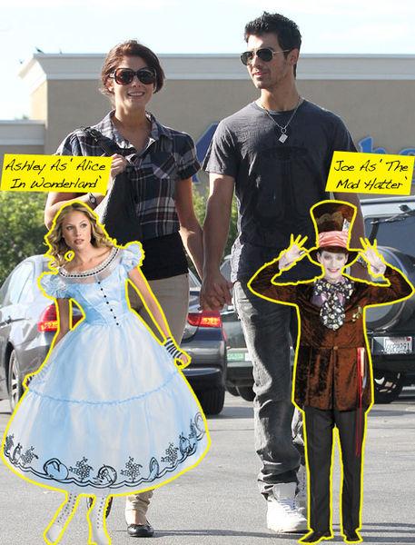 Эшли Грин купила маскарадные костюмы для себя и Джо Джонаса