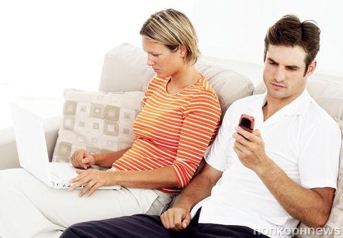 Американские ученые: смартфоны разрушают романтические отношения