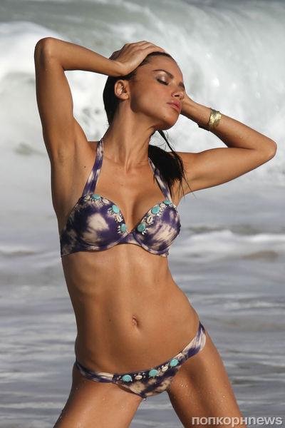 Адриана Лима на съемках каталога Victoria's Secret