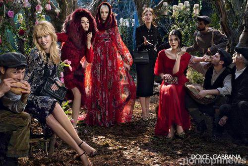 Клаудиа Шиффер и Бьянка Балти в рекламной кампании Dolce & Gabbana. Осень / зима 2014-2015