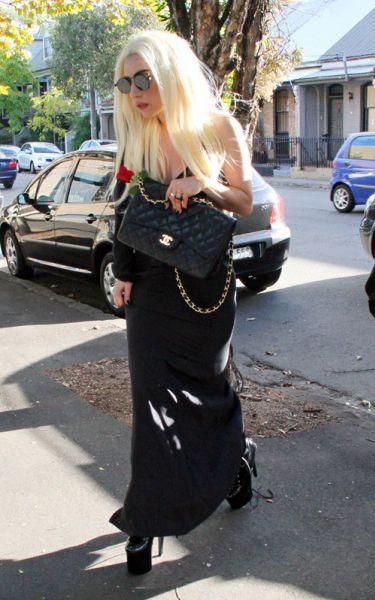 Lady Gaga: на студию как на похороны