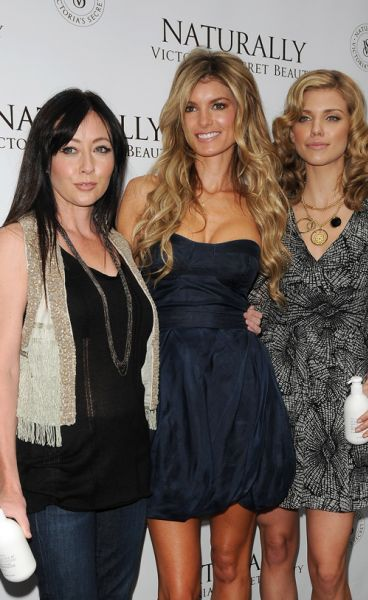 Шэннен Доерти, Анна-Линн МакКорд и Мариса Миллер представили косметику Victoria's Secret
