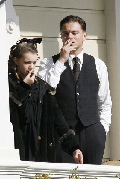 Леонардо ДиКаприо научил ребенка курить