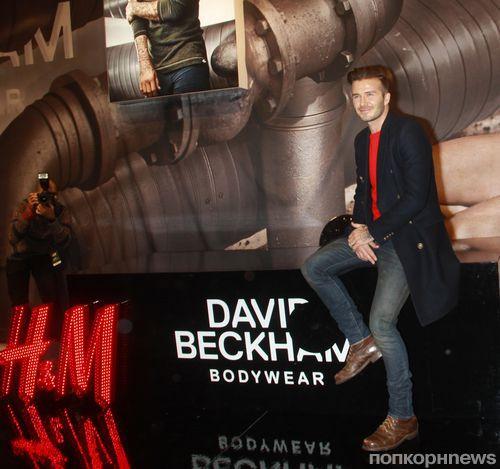 Дэвид Бекхэм на автограф-сессии в Нью-Йорке