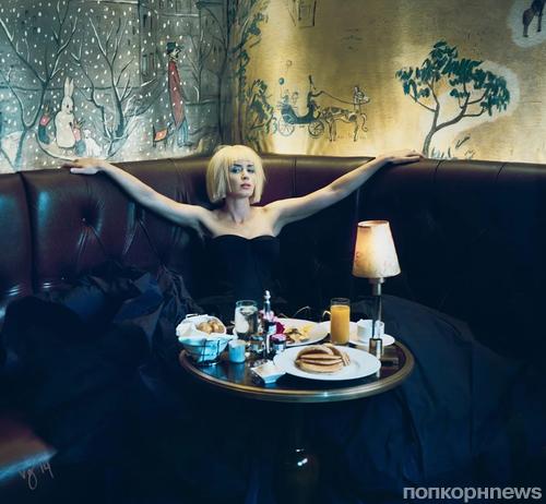 Эмили Блант в журнале Violet Grey. Зима 2014-2015