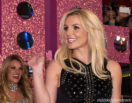 Бритни Спирс отпраздновала выход альбома в Лас-Вегасе