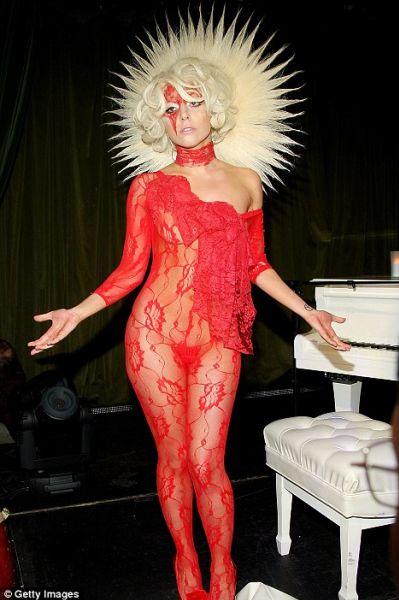 Lady Gaga не согласна на меньшее
