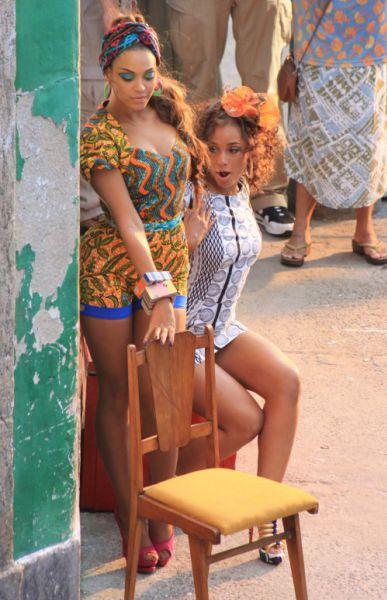 Бейонсе и Алишия Кис на съемках своего нового клипа в Рио-де-Жанейро