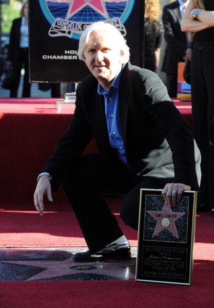 Джеймс Кэмерон получил свою звезду на Аллее Славы