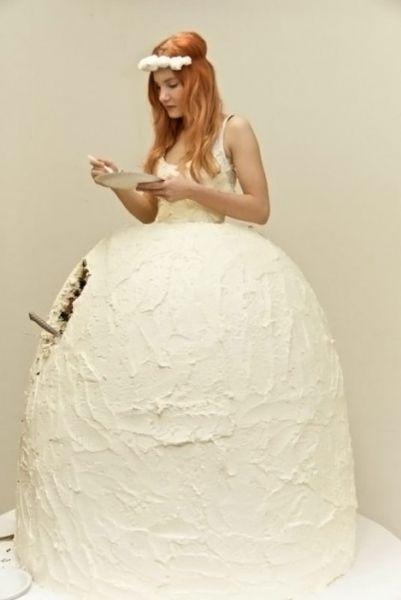 Интересные штучки: платье-торт