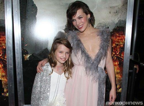 Милла Йовович привела 9-летнюю дочь на премьеру «Обитель зла 6»