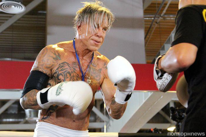 Микки Рурк сразится в настоящем боксерском поединке