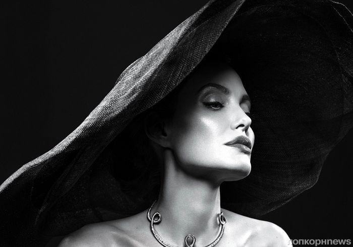 Анджелина Джоли снялась в фотосессии для сентябрьского Vanity Fair