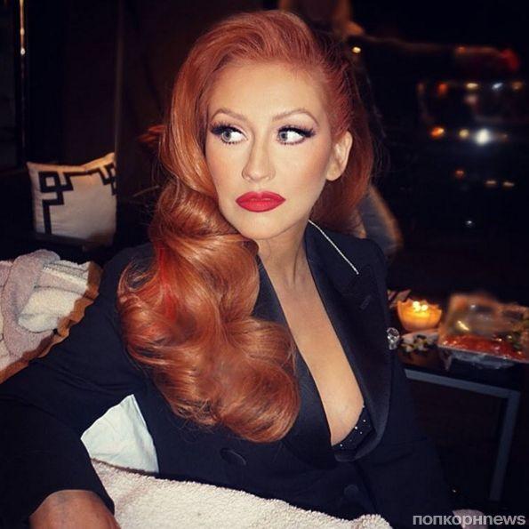 Кристина Агилера похвасталась рыжим цветом волос