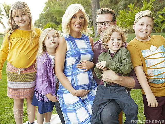 43-летняя Тори Спеллинг ждет пятого ребенка