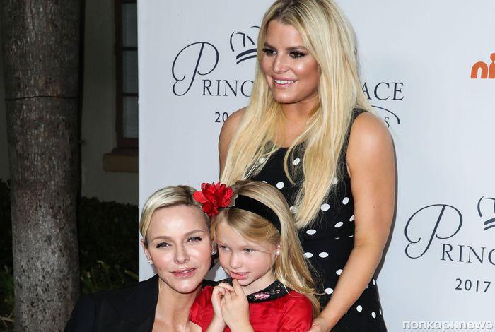 Джессика Симпсон познакомила 5-летнюю дочь с княгиней Монако
