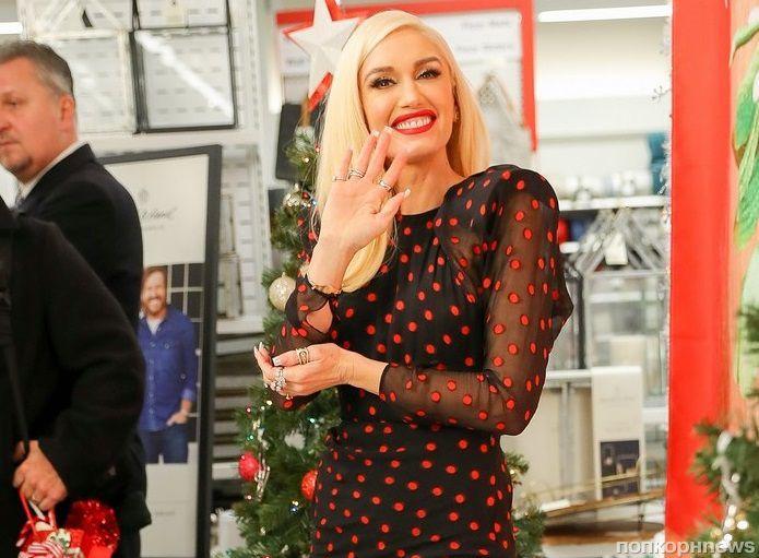 Фото: Гвен Стефани устроила встречу с фанатами в преддверии Рождества