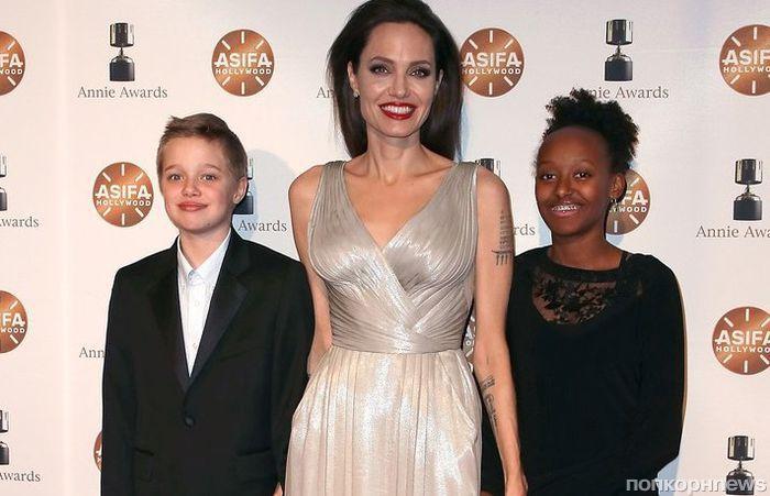Анджелина Джоли рассказала, что принимает ванну в присутствии детей