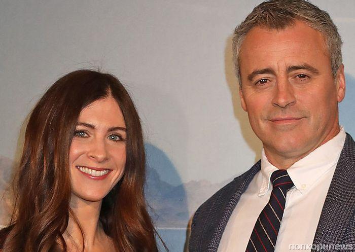 Фото: Мэтт ЛеБлан и его девушка на премьере нового сезона Top Gear