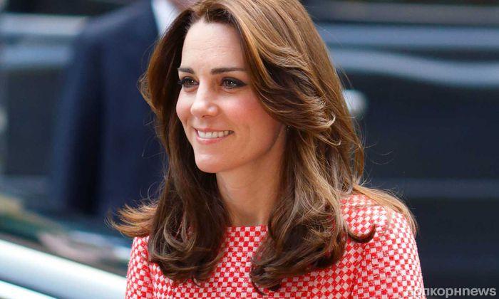 Кейт Миддлтон и принц Уильям отсудят 1,5 млн евро за публикацию топлес-фото герцогини