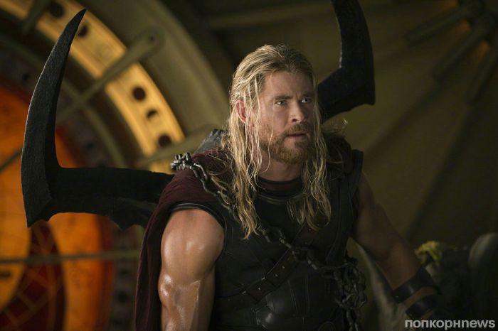 Доктор Стрэндж засветился в новом трейлере «Тор: Рагнарек»