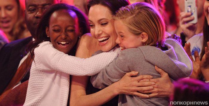 Брэд Питт пытался «выкупить» у Анджелины Джоли право опеки над детьми