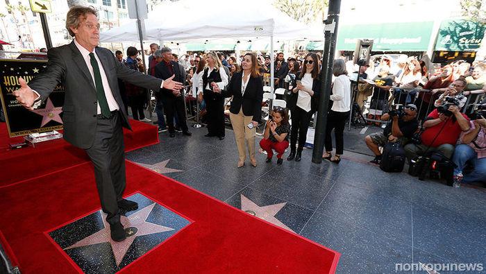 «Доктор Хаус» Хью Лори получил звезду на Аллее славы Голливуда