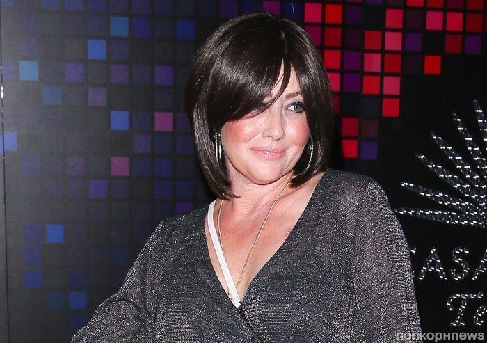 Шэннен Доэрти, Ким Кардашьян, Амаль Клуни и другие звезды отметили Хэллоуин на вечеринке Синди Кроуфорд