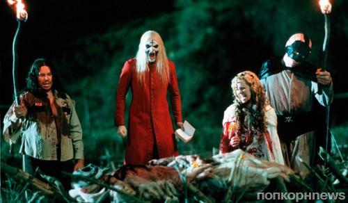Пятница е топ самых страшных фильмов к самому страшному   Ведьма из Блэр Курсовая с того света 1999 Псевдодокументальный фильм рассказывает о трех студентах которые бесследно исчезли в лесу перед Днем Всех