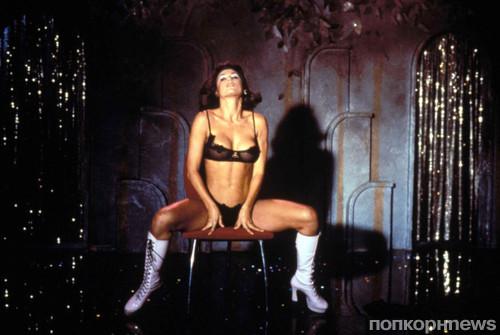 Деми Мур в «Стриптизе» 21-летней давности