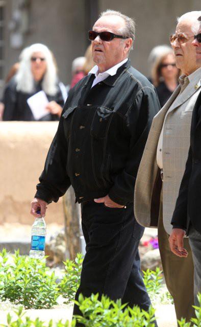 Деннис Хоппер похоронен в Нью Мексико