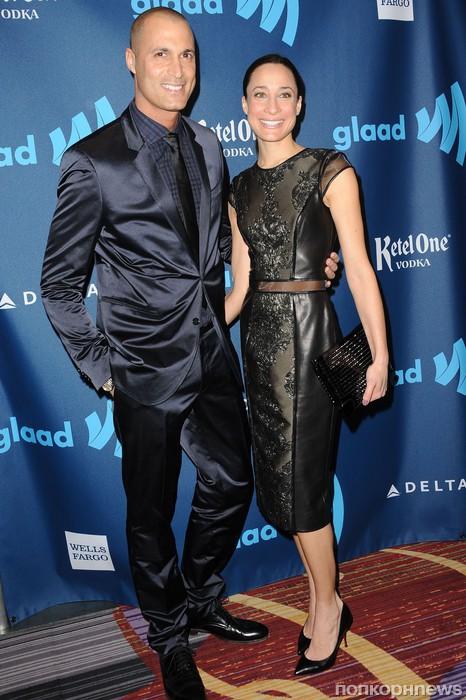 Найджел Баркер с женой