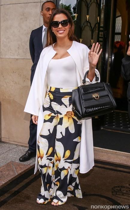 Ева Лонгория замечена у своего отеля в Париже
