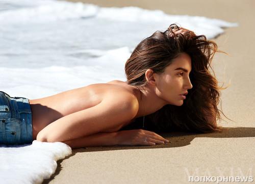 Порно лили тейлор голая секс азербайджански