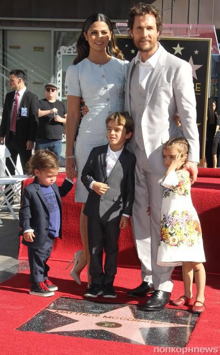 Мэттью МакКонахи с семьей