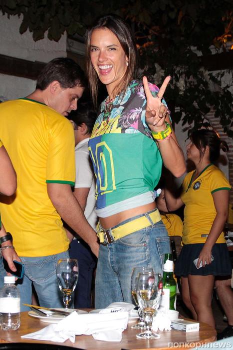 Алессандра Амбросио