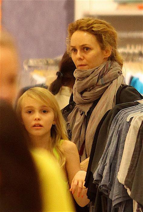 Ванесса Паради с дочкой Лили