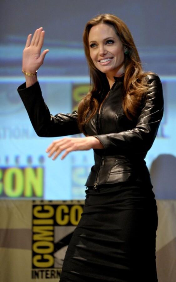 Анджелина Джоли на Comic-Con 2010