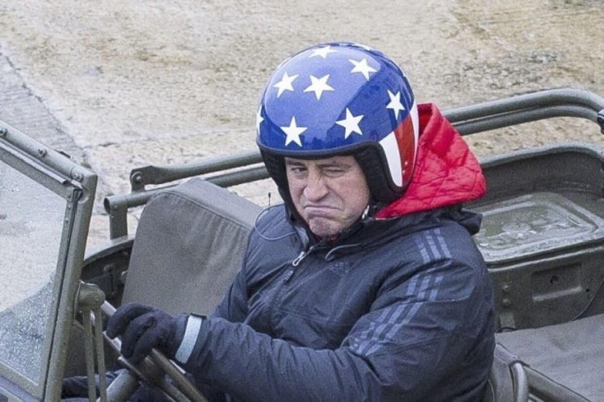 Фото: звезда «Друзей» Мэтт ЛеБлан на съемках нового Top Gear