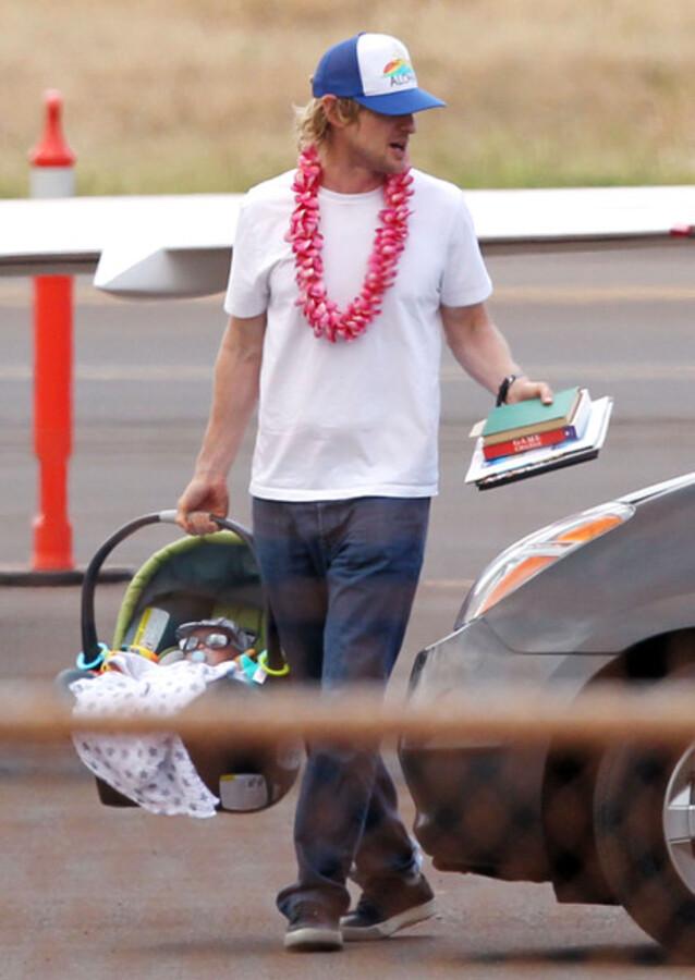 Оуэн Уилсон с семьей на Гавайях