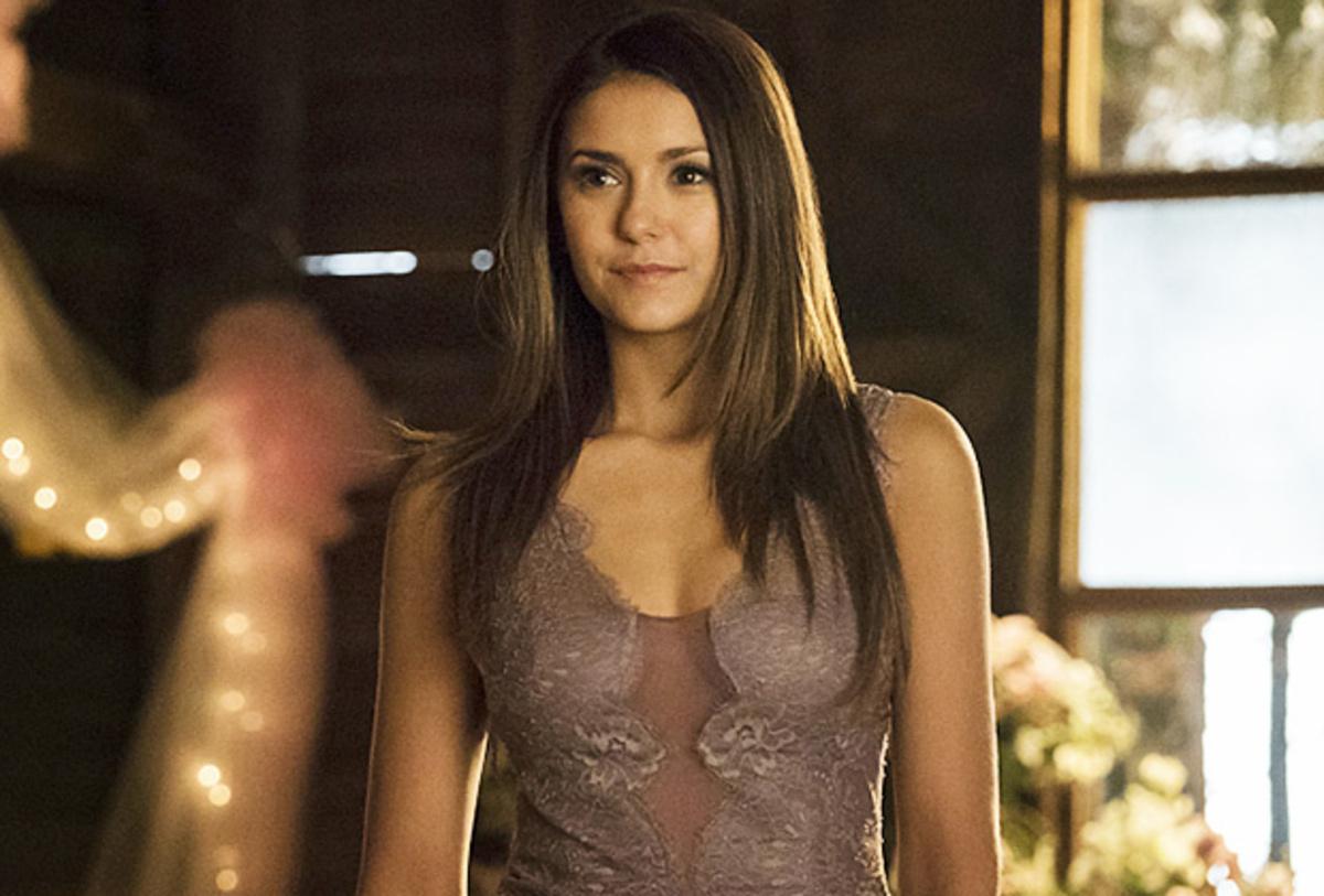 Нина Добрев ведет переговоры о возвращении в 8 сезон «Дневников вампира»