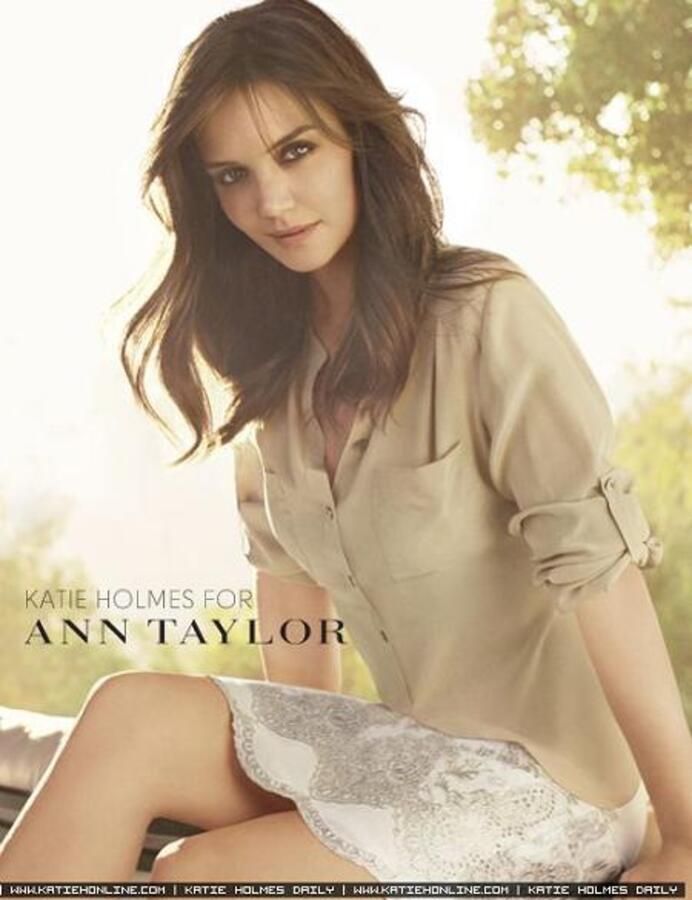 Кэти Холмс для летней коллекции Ann Taylor